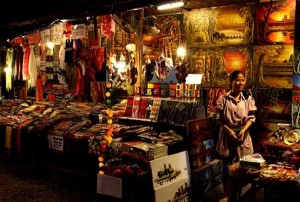 A souvenirs shop sells traditional Cambodian made handicrafts from clothing's, silk, painting and photography's, jewelries, wood and stone carvings.