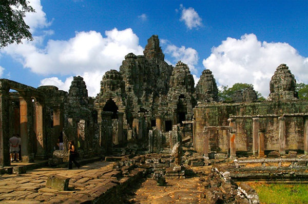 An antique corner of Angkor Thom