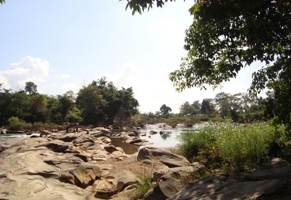 Sek Sork is mixture of volcano rocks, water and forest surroundings