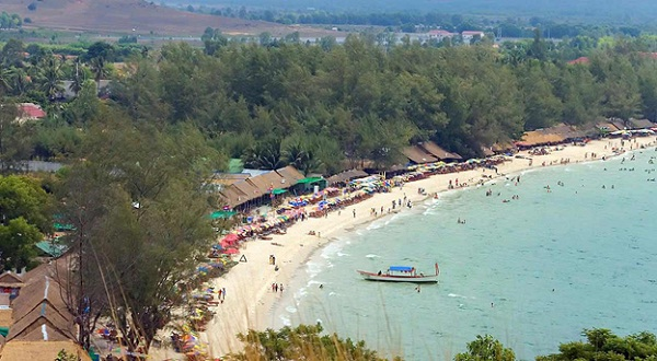 The most crowded beach in Sihanoukville