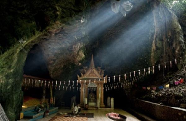 The Killing Cave, Cambodia