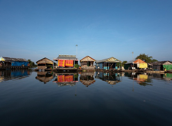 Floating village at Tonle Sap Lake, one of the things to do in Siem Reap