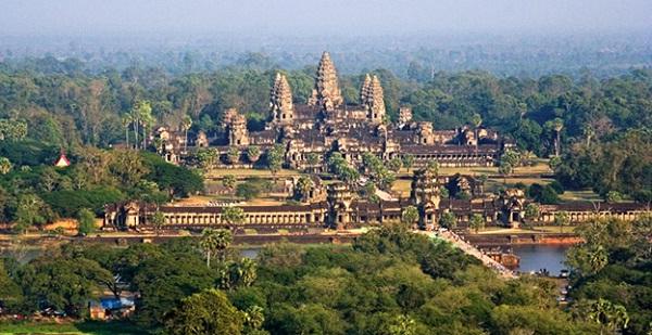 Wonderful beauty of Angkor Wat