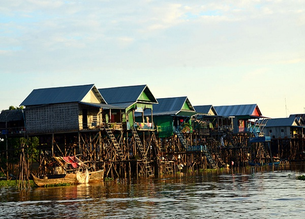 Stilted houses built within the floodplain of the Tonle Sap Lake