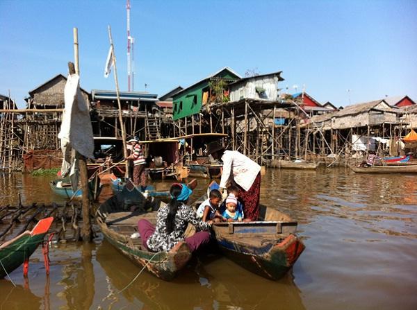 Kampong Pluck daily life