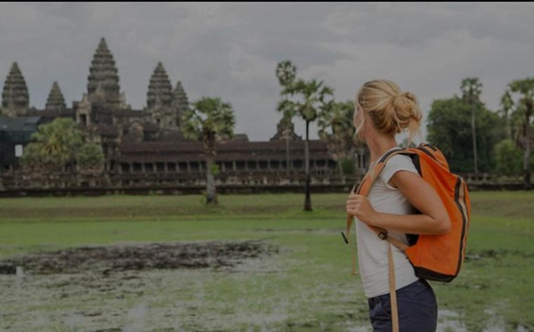 Solo travel in cambodia