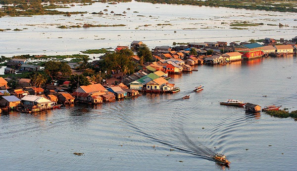 Floating villages on Tonle Sap river