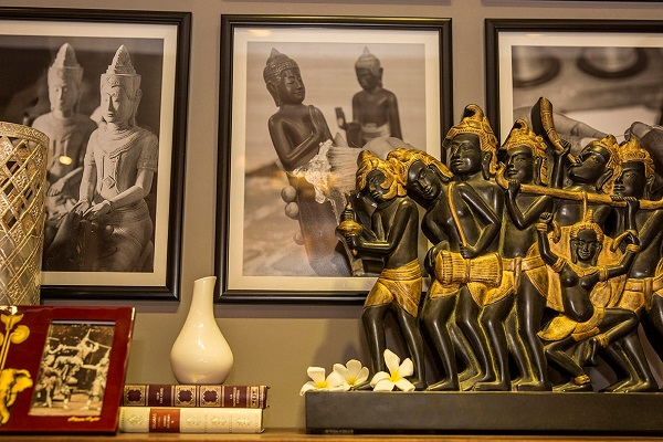 Artisan Angkor's collections for crafts fanArtisan Angkor's collections for crafts fan