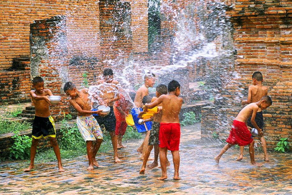 Kids in Bom Chaul Chnam