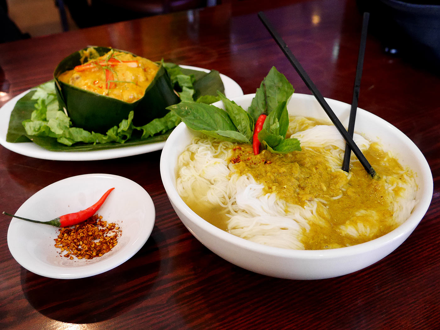 Nom Banh Chok, which you can enjoy in Saem Siem reap hotel