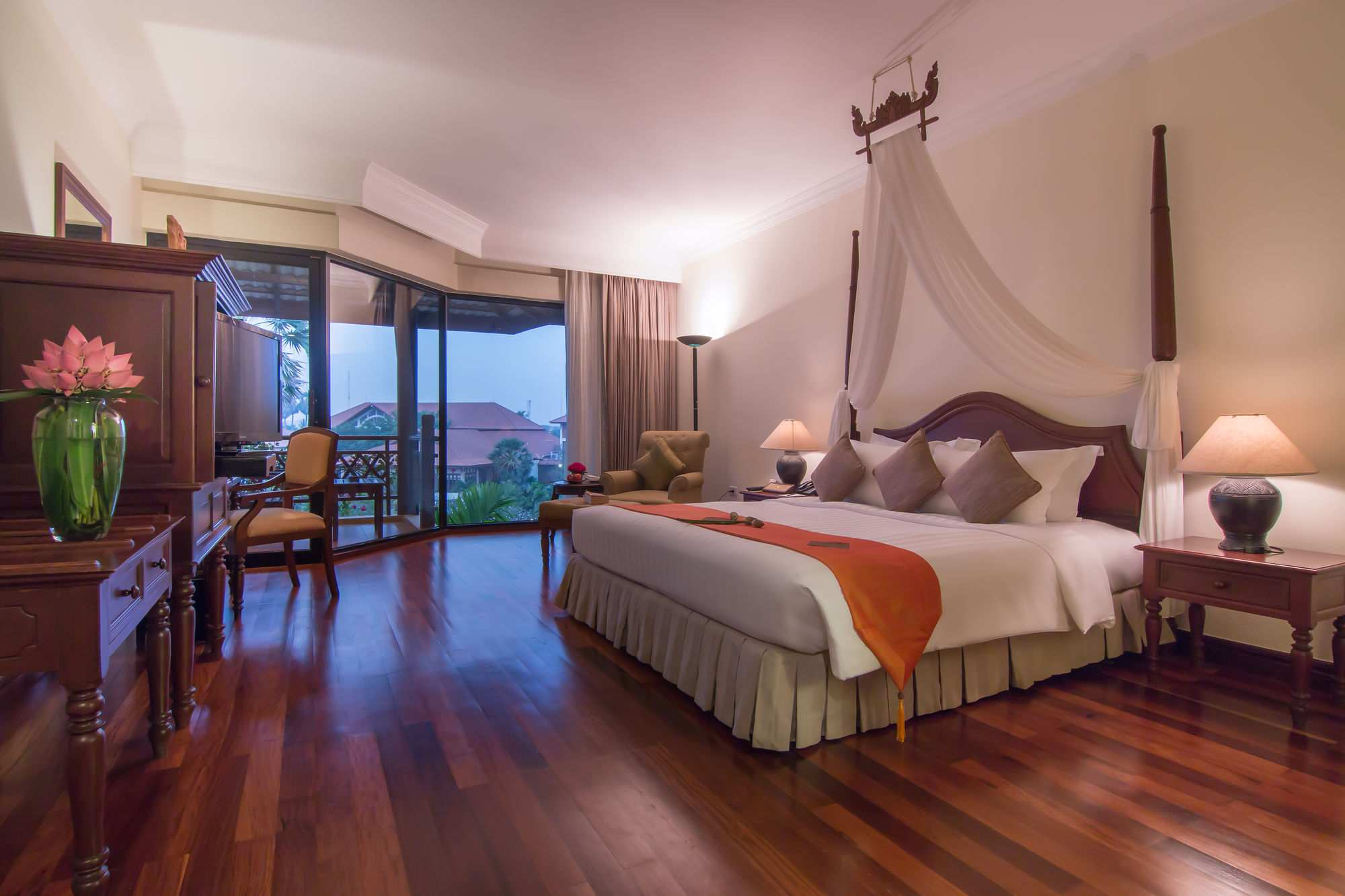 bedroom of Palace Residence and Villa Siem reap hotel