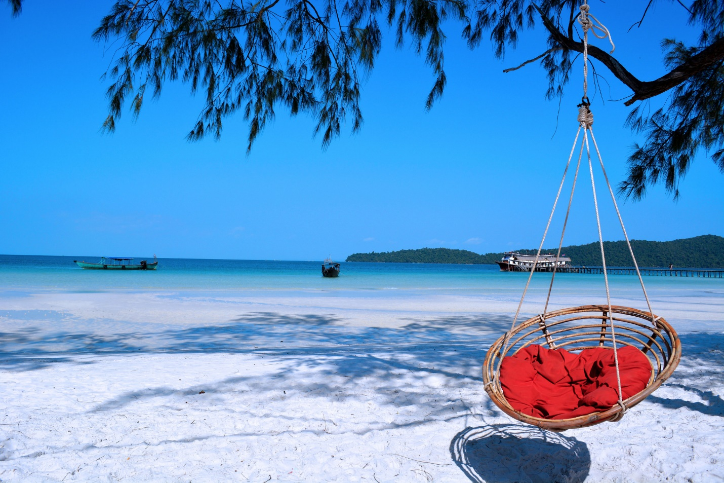 The peaceful beach in the East of Koh Rong island