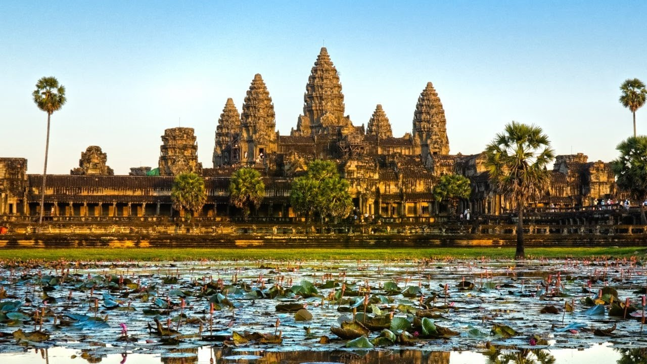 Angkor Wat, the amazing temples complex in Siem Reap