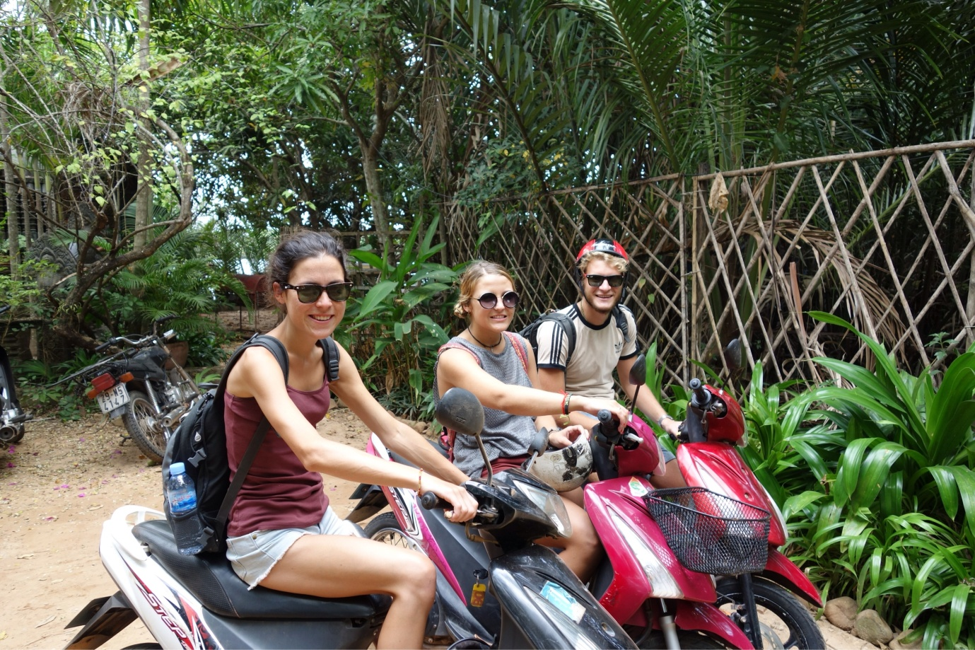 Motorbike to Siem Reap