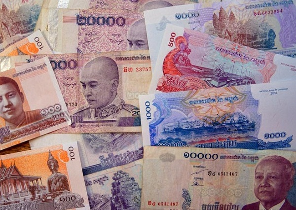 Cambodian Riel money
