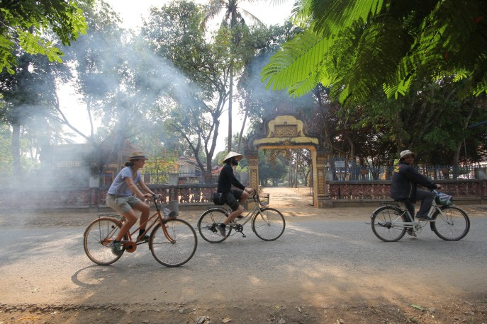 Biking tour in Battambang