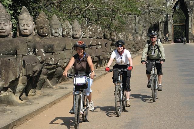 Explore Siem Reap by bike