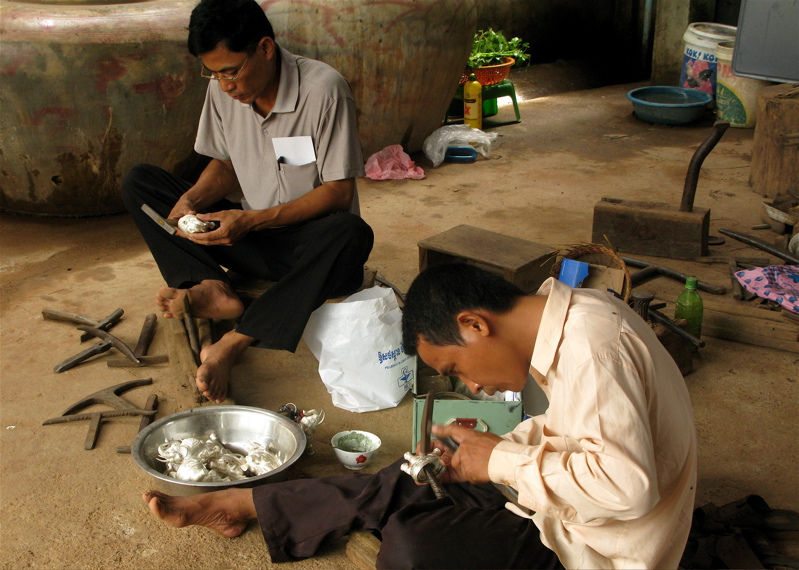 Villagers are making products of silver in the Silversmith village