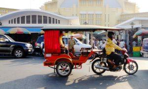 Explore Phnom Penh by tuk tuk