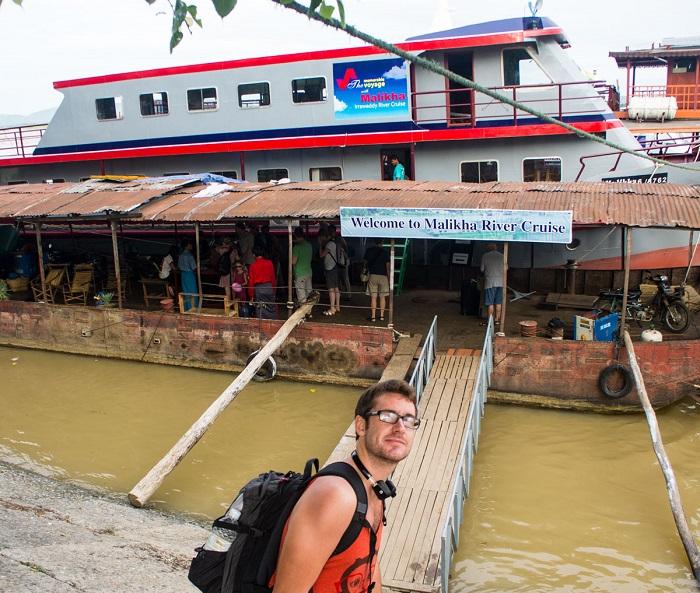 The slow boat runs from Mandalay to Bagan