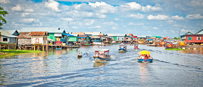 Stilt houses along the sides of Tonle Sap Lake
